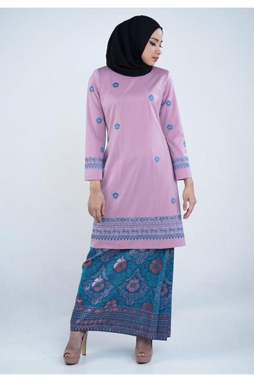 Embroidered Baju Kurung (Pink)
